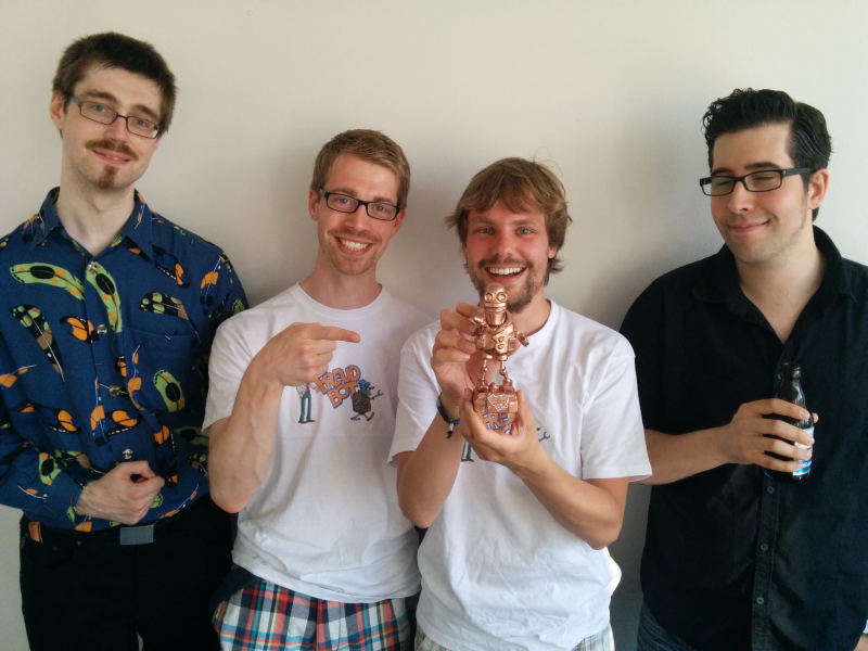 Dirk, Christian Oeing, Nick Prühs und Sebastian beim Release ihres ersten gemeinsamen Spiels in Hamburg.